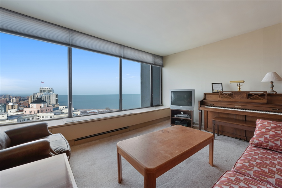 Real Estate Photography - 5455 N Sheridan Rd, 3303, Chicago, IL, 60640 - Living Room