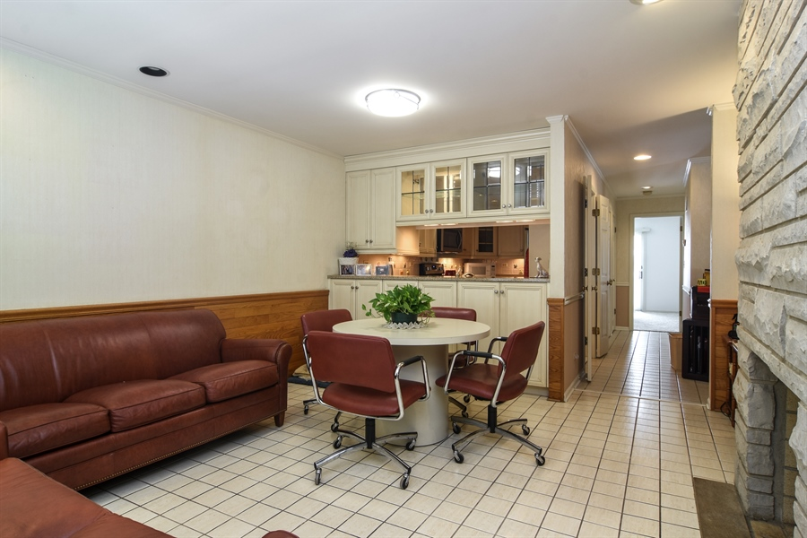 Real Estate Photography - 1413 Shire Circle, Inverness, IL, 60067 - Hearth Room / Eating Area
