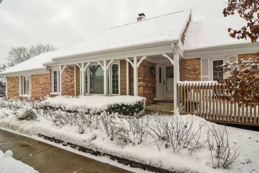 Real Estate Photography - 1413 Shire Circle, Inverness, IL, 60067 - Front View
