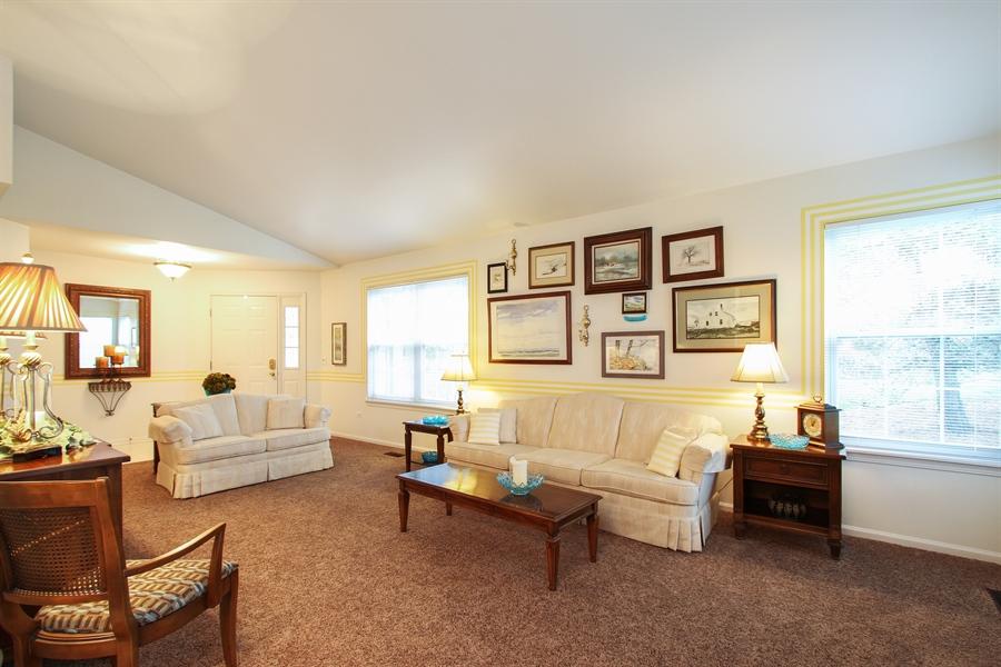 Real Estate Photography - 837 Blue Spruce Ct, Lindenhurst, IL, 60046 - Living Room