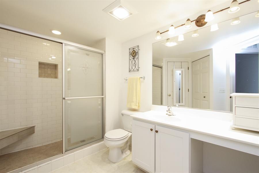 Real Estate Photography - 837 Blue Spruce Ct, Lindenhurst, IL, 60046 - Master Bathroom