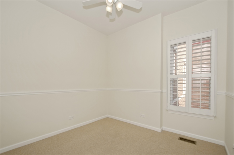Real Estate Photography - 535 Chicago Ave, B, Evanston, IL, 60202 - 3rd Bedroom