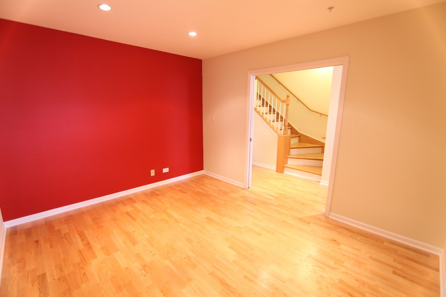 Real Estate Photography - 535 Chicago Ave, B, Evanston, IL, 60202 - First Floor Family Room