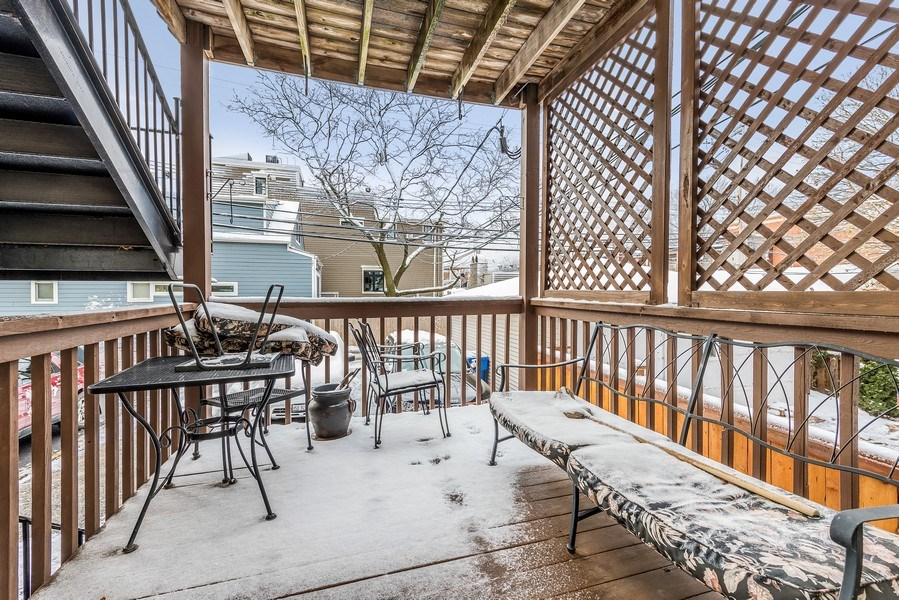 Real Estate Photography - 2139 W Addison St, Unit 1, Chicago, IL, 60618 - Deck