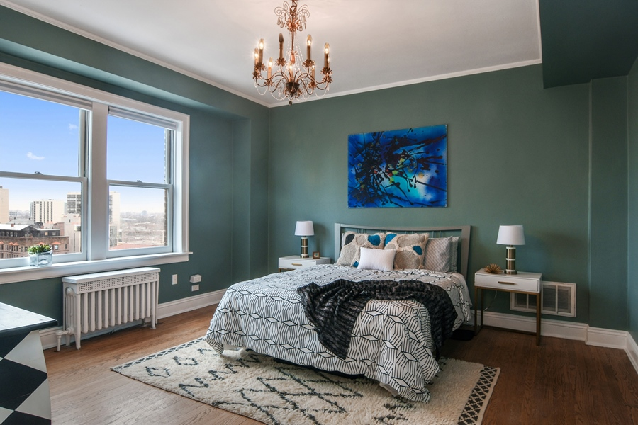 Real Estate Photography - 431 Oakdale, 14-D, Chicago, IL, 60657 - Bedroom