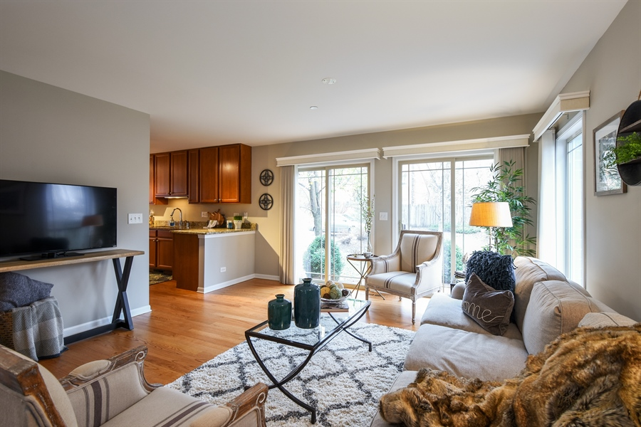 Real Estate Photography - 132 Finstad, Libertyville, IL, 60048 - Living Room