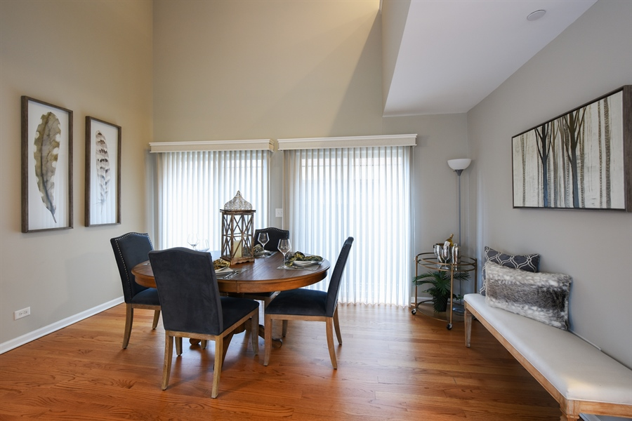 Real Estate Photography - 132 Finstad, Libertyville, IL, 60048 - Dining Area