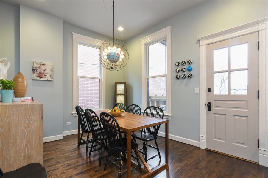 Real Estate Photography - 810 W Buckingham, 3W, Chicago, IL, 60657 - Dining Room