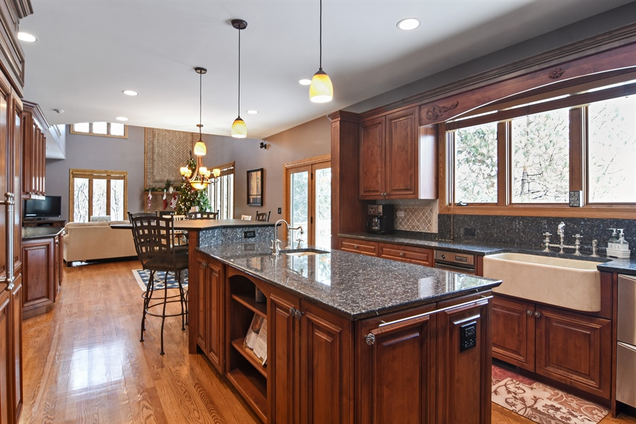 Real Estate Photography - 185 Elderberry, Hawthorn Woods, IL, 60047 - Kitchen