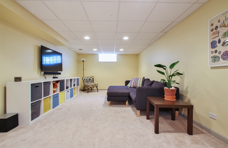 Real Estate Photography - 701 N Elmhurst Ave, Mount Prospect, IL, 60056 - Lower Level