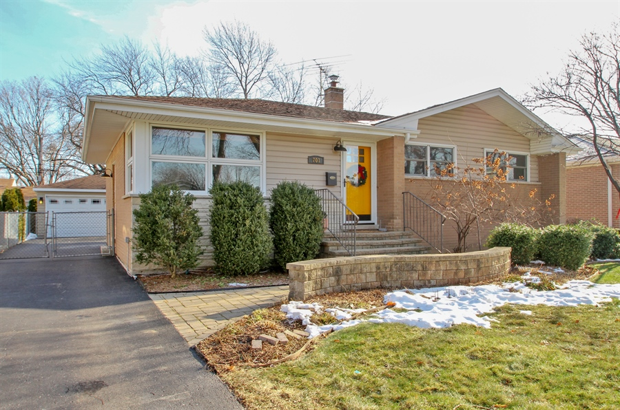 Real Estate Photography - 701 N Elmhurst Ave, Mount Prospect, IL, 60056 - Front View