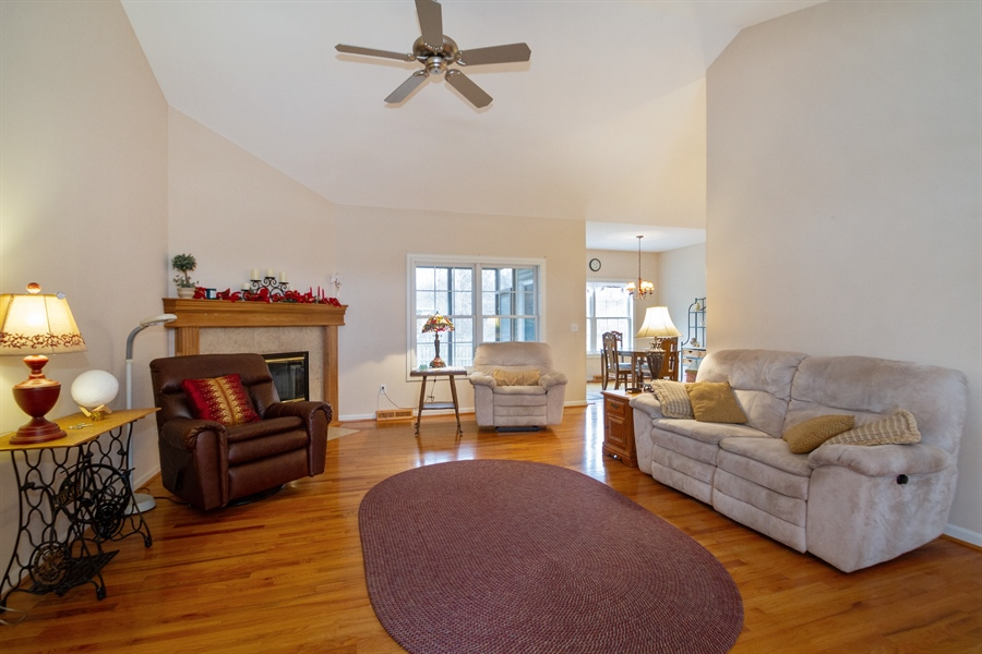 Real Estate Photography - 760 Heather Circle, Lake Geneva, WI, 53147 - Living Room