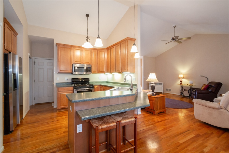 Real Estate Photography - 760 Heather Circle, Lake Geneva, WI, 53147 - Kitchen
