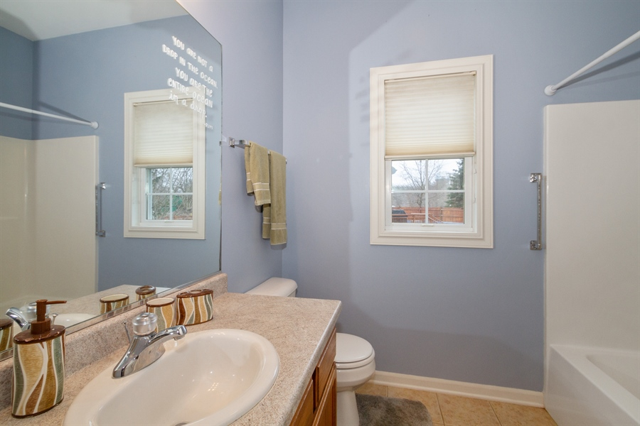 Real Estate Photography - 760 Heather Circle, Lake Geneva, WI, 53147 - Bathroom