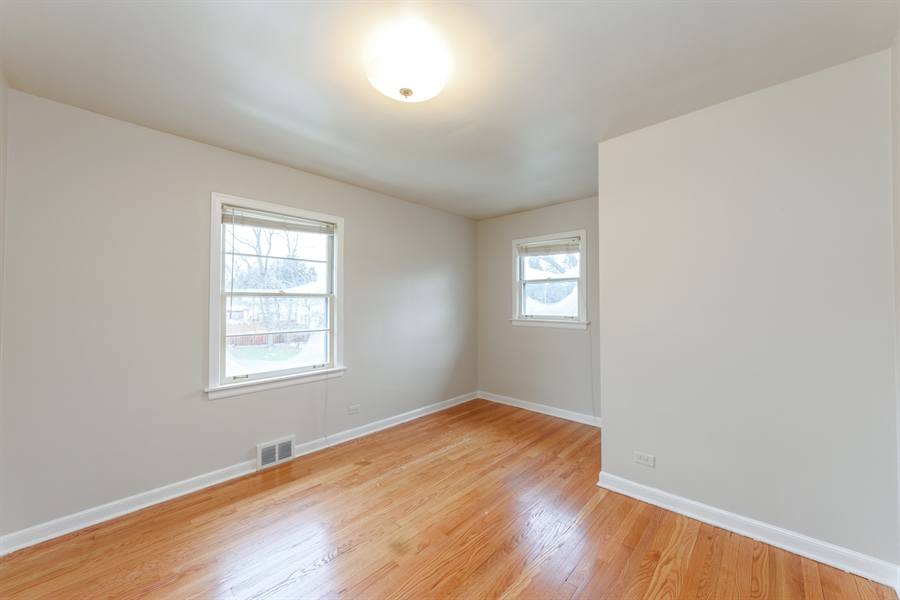 Real Estate Photography - 111 S Stratford, Arlington Heights, IL, 60004 - 3rd Bedroom