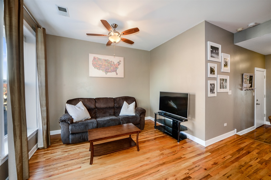 Real Estate Photography - 1813 W. Grand, 2, Chicago, IL, 60622 - Living Room