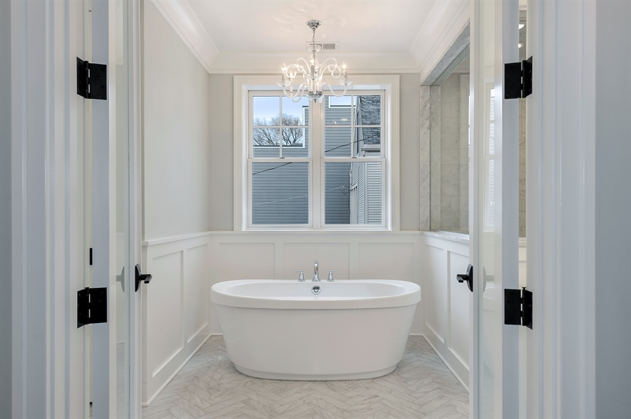 Real Estate Photography - 1530 W Wellington, Chicago, IL, 60657 - Master Bathroom