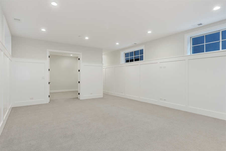 Real Estate Photography - 1530 W Wellington, Chicago, IL, 60657 - Recreational Room