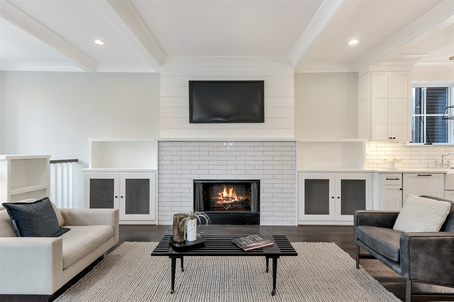 Real Estate Photography - 1530 W Wellington, Chicago, IL, 60657 - Family Room