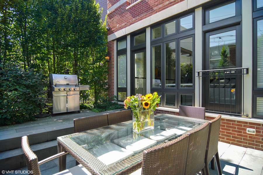 Real Estate Photography - 1705 N Dayton, Chicago, IL, 60614 - Outdoor Terrace