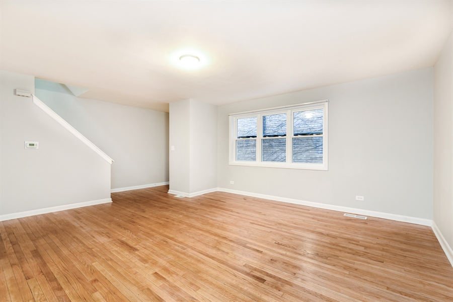 Real Estate Photography - 6140 N Winthrop, Unit D, Chicago, IL, 60660 - Living Room