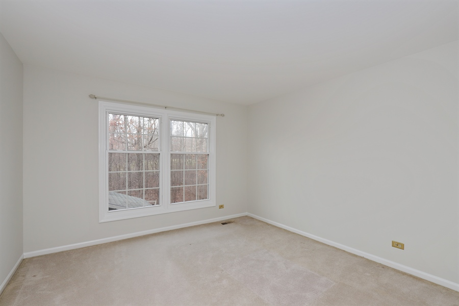 Real Estate Photography - 217 ascot ct, Lake bluff, IL, 60044 - 3rd Bedroom