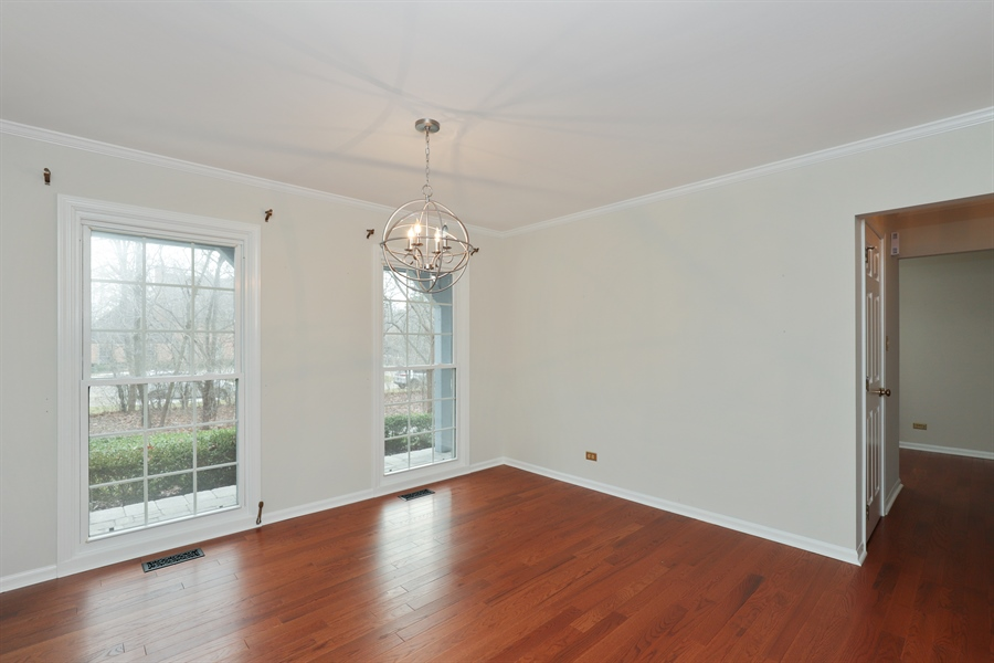 Real Estate Photography - 217 ascot ct, Lake bluff, IL, 60044 - Dining Room