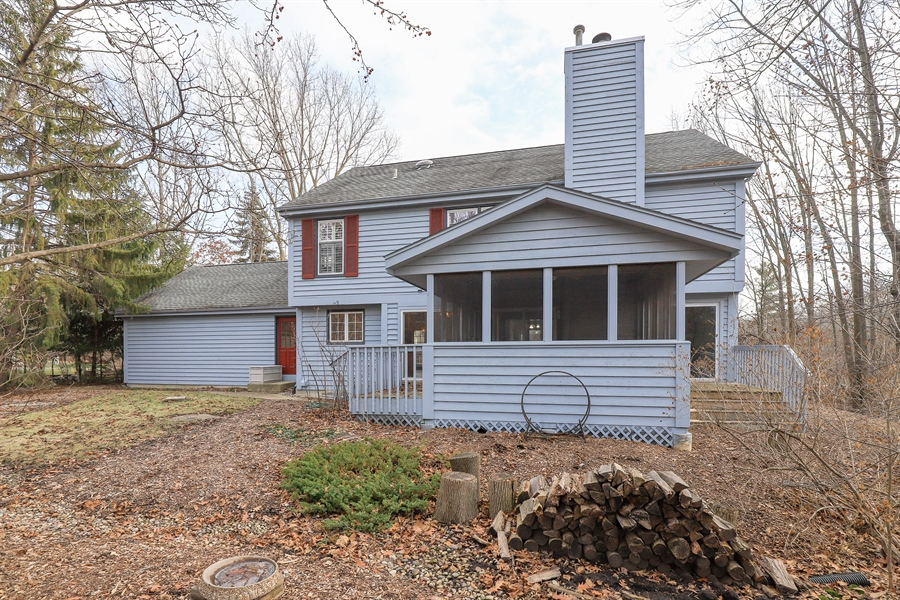 Real Estate Photography - 217 ascot ct, Lake bluff, IL, 60044 - Rear View