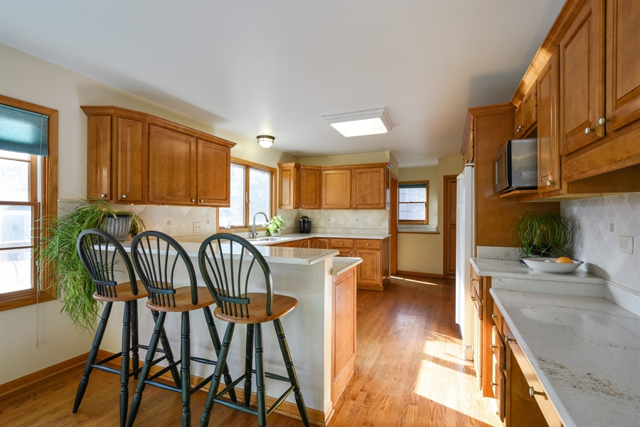 Real Estate Photography - 317 Appley Avenue, Libertyville, IL, 60048 - Kitchen