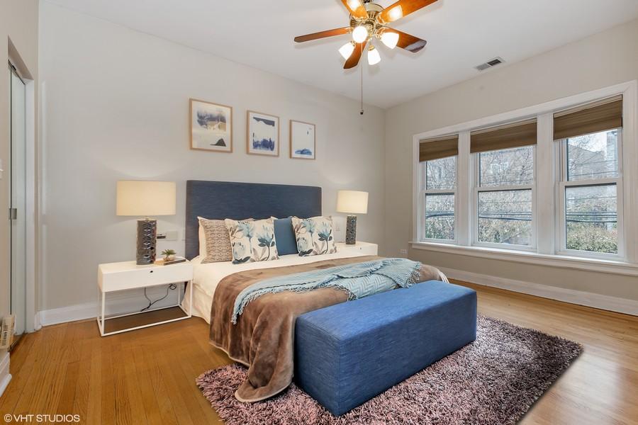 Real Estate Photography - 652 Aldine, #2, Chicago, IL, 60657 - Master Bedroom