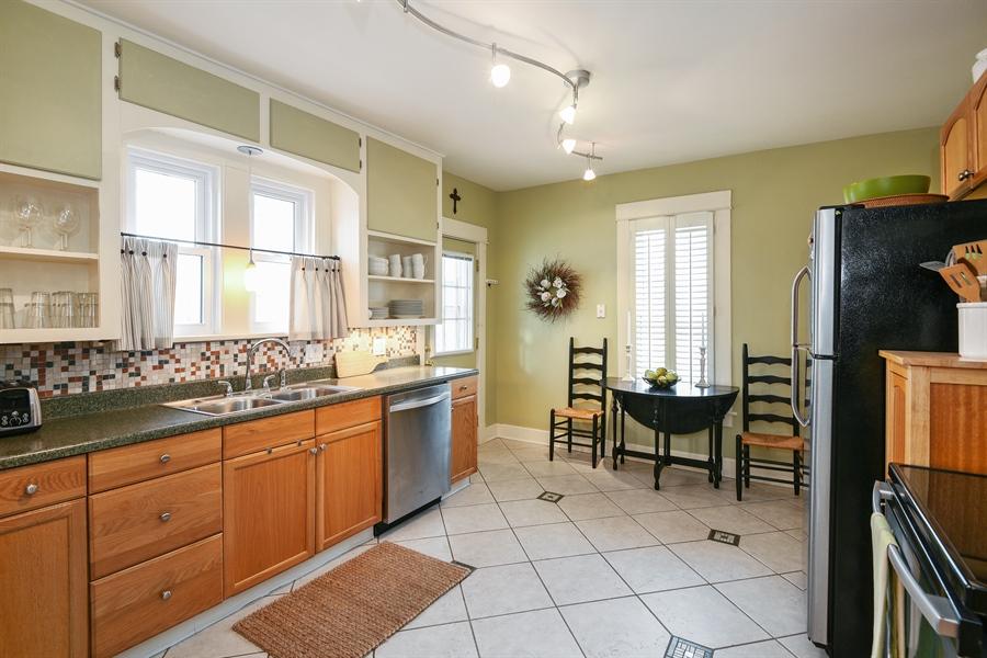 Real Estate Photography - 714 Price, Saint Joseph, MI, 49085 - Kitchen
