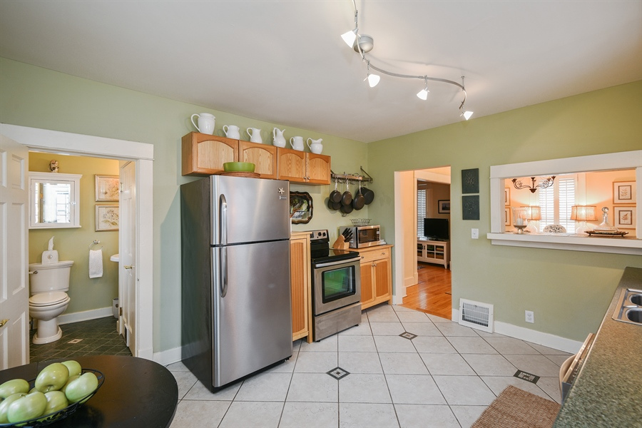 Real Estate Photography - 714 Price, Saint Joseph, MI, 49085 - Kitchen / Dining Room
