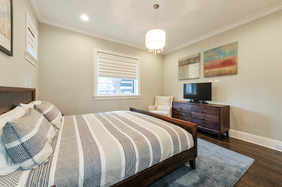 Real Estate Photography - 2769 N Kenmore Ave, Unit 2, Chicago, IL, 60614 - Master Bedroom