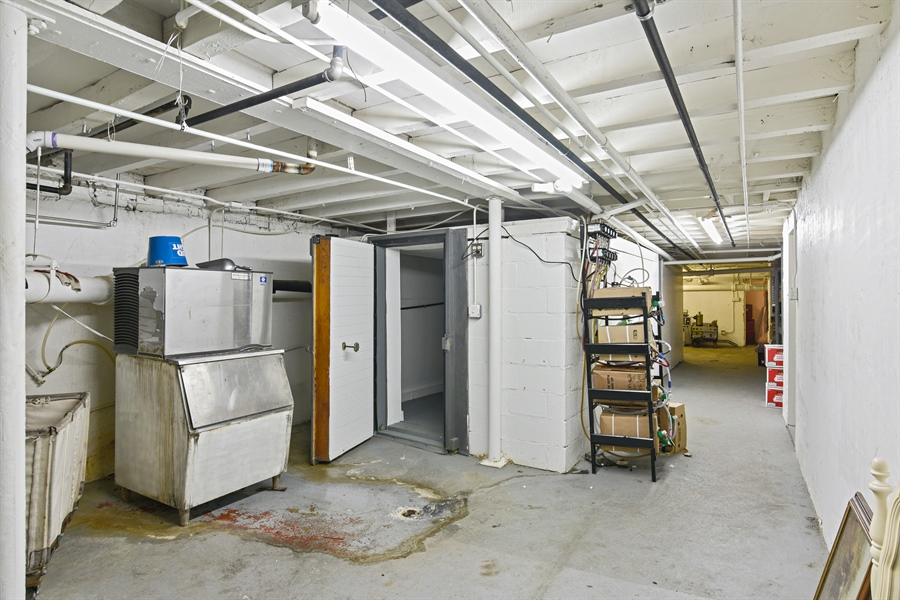 Real Estate Photography - 3144 W Irving Park Rd, Chicago, IL, 60618 - Basement