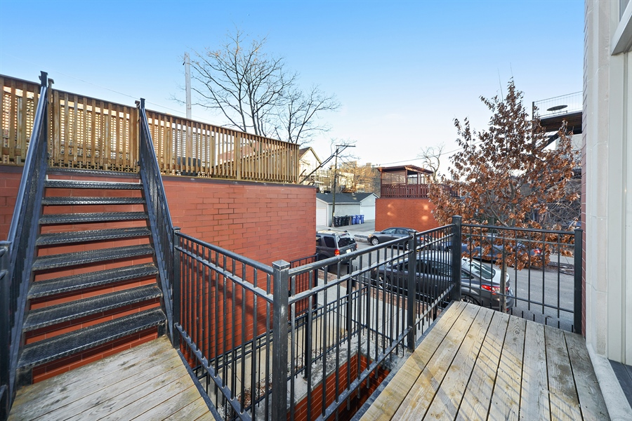 Real Estate Photography - 1101 N. Hermitage, 1R, chicago, IL, 60622 - Balcony