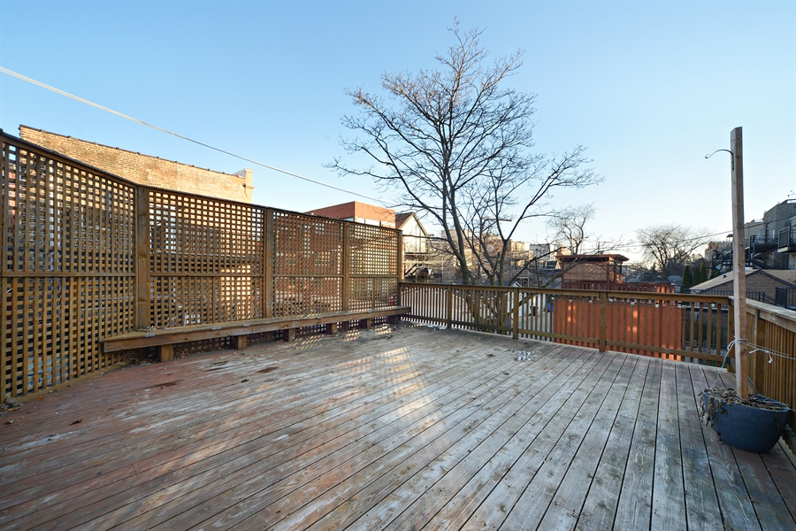 Real Estate Photography - 1101 N. Hermitage, 1R, chicago, IL, 60622 - Garage Roof Deck