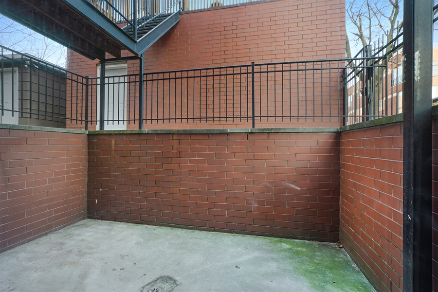 Real Estate Photography - 1101 N. Hermitage, 1R, chicago, IL, 60622 - Patio