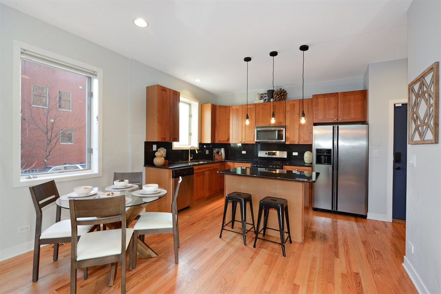 Real Estate Photography - 1101 N. Hermitage, 1R, chicago, IL, 60622 - Kitchen / Dining Room