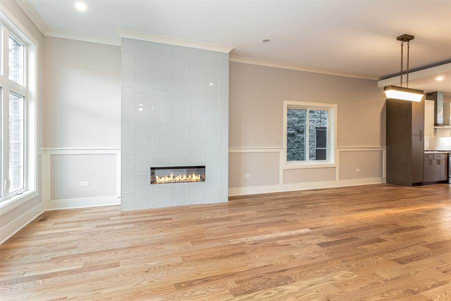 Real Estate Photography - 519 East 46th, Chicago, IL, 60653 - Living Room