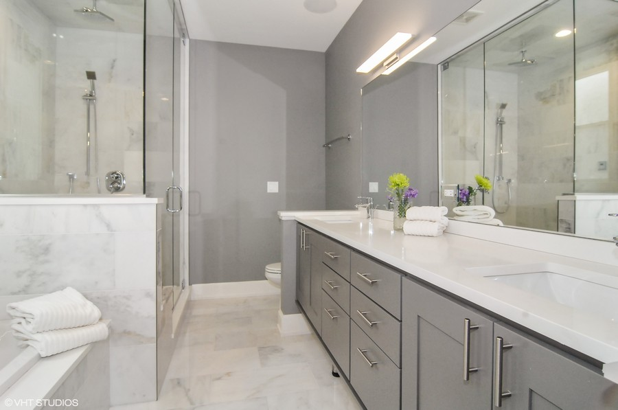 Real Estate Photography - 519 East 46th, Chicago, IL, 60653 -