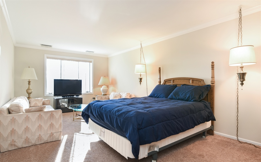Real Estate Photography - 6400 N Cicero Ave, 315, Lincolnwood, IL, 60712 - Master Bedroom