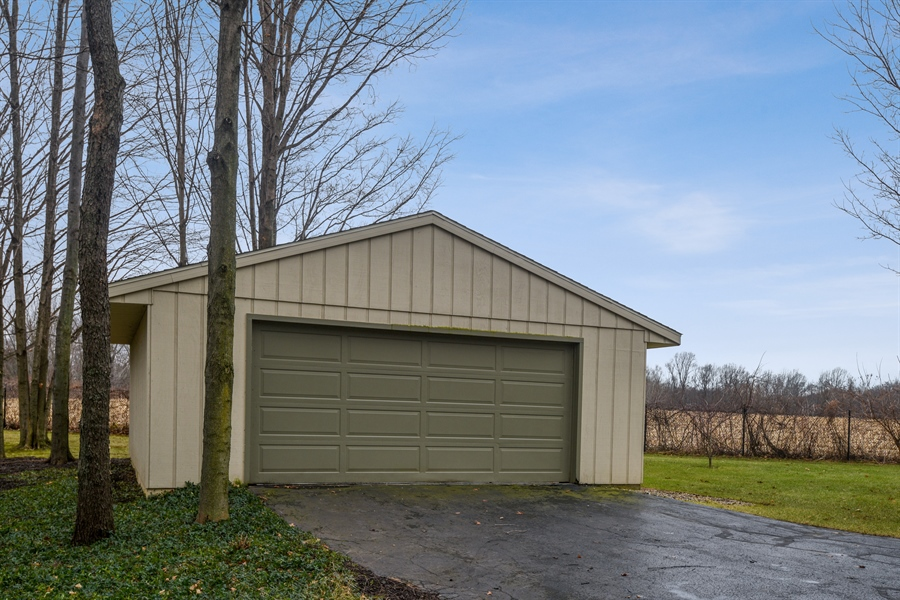 Real Estate Photography - 4028 Ravina Ter, St Joseph, MI, 49085 - Garage