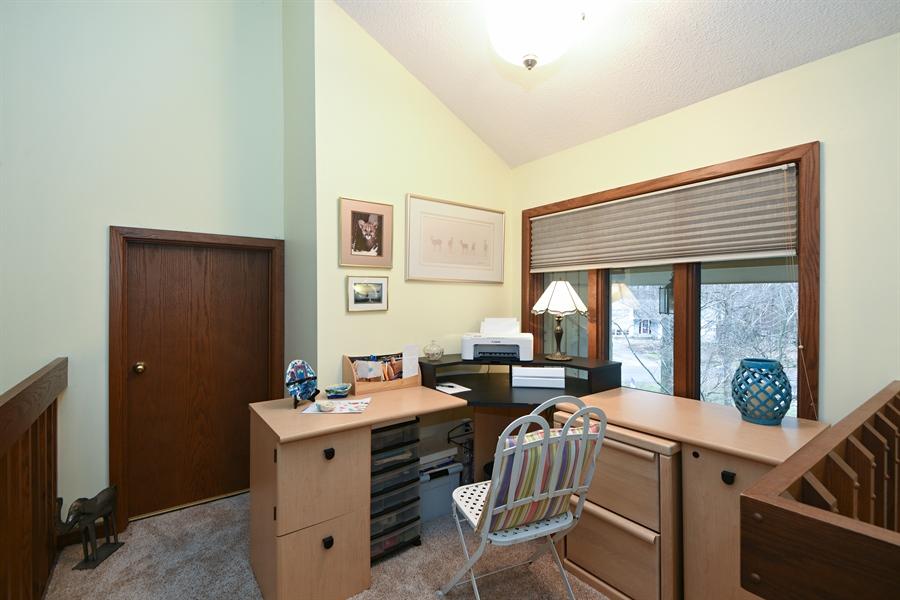 Real Estate Photography - 4028 Ravina Ter, St Joseph, MI, 49085 - Office
