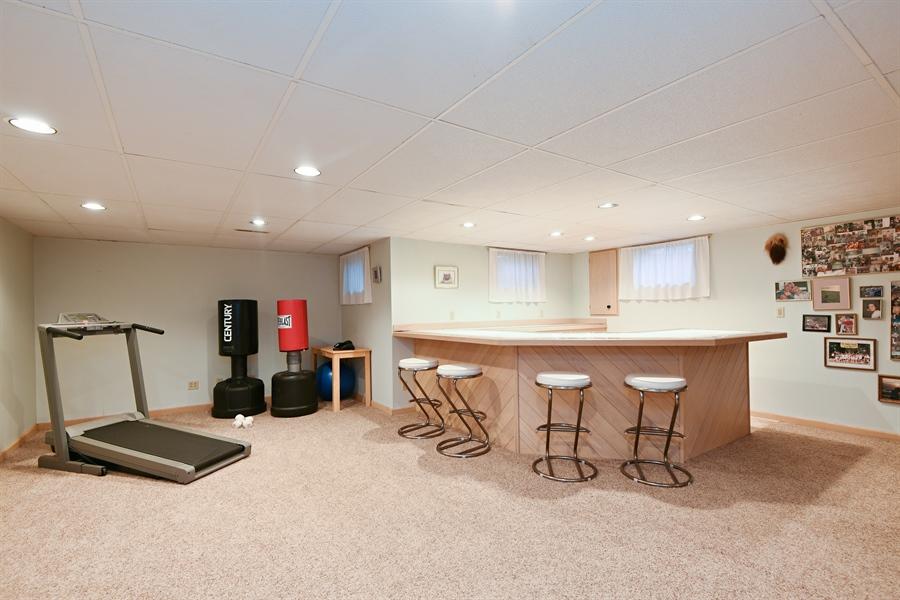 Real Estate Photography - 4028 Ravina Ter, St Joseph, MI, 49085 - Bar