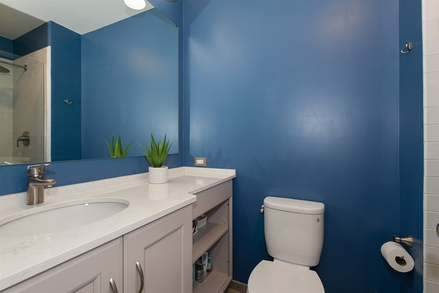 Real Estate Photography - 2129 N Magnolia, Unit A, Chicago, IL, 60614 - Master Bathroom