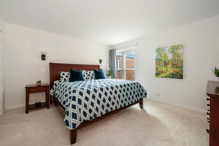 Real Estate Photography - 2129 N Magnolia, Unit A, Chicago, IL, 60614 - Master Bedroom