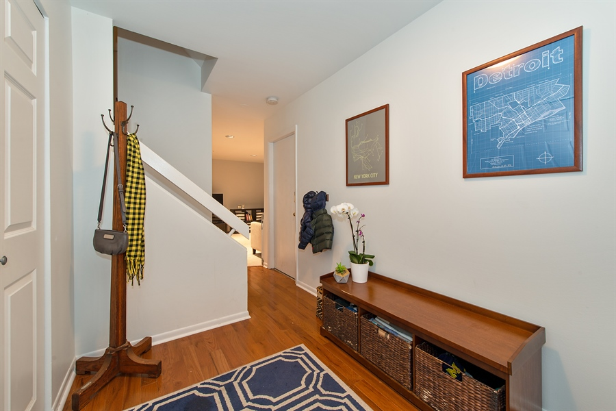 Real Estate Photography - 2129 N Magnolia, Unit A, Chicago, IL, 60614 - Foyer