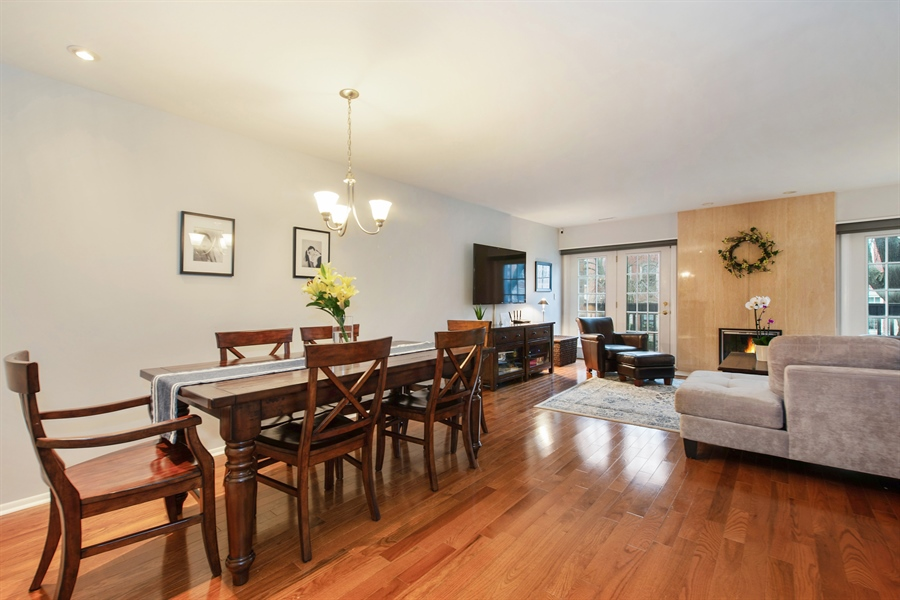 Real Estate Photography - 2129 N Magnolia, Unit A, Chicago, IL, 60614 - Dining Area