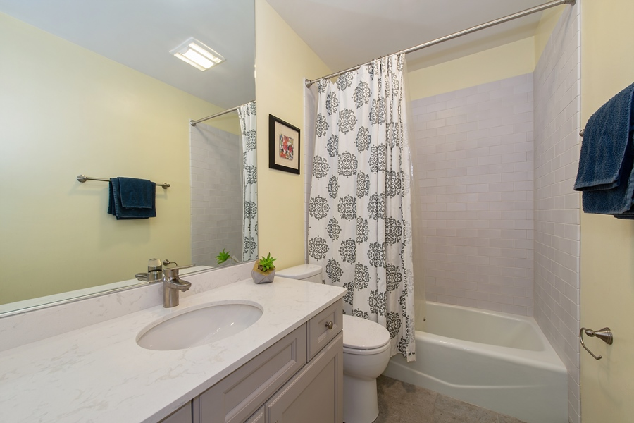 Real Estate Photography - 2129 N Magnolia, Unit A, Chicago, IL, 60614 - 2nd Bathroom