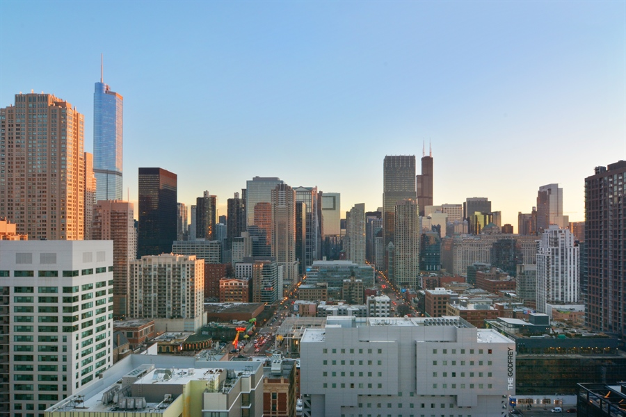 Real Estate Photography - 110 W Superior, 2501, Chicago, IL, 60654 - View